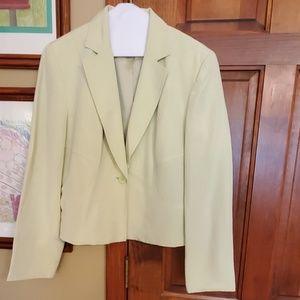 Jones wear celery green blazer, size 10